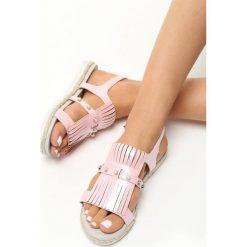 Różowe Sandały Tendril. Czerwone sandały damskie Born2be, z materiału, na płaskiej podeszwie. Za 49,99 zł.