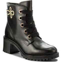 Botki TAMARIS - 1-26036-39 Black Leather 003. Czarne buty zimowe damskie marki Tamaris, z materiału, na obcasie. W wyprzedaży za 209,00 zł.