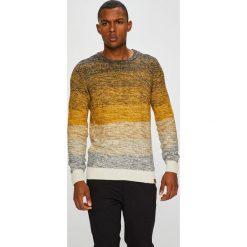 Medicine - Sweter Mustard and Pepper. Żółte swetry klasyczne męskie MEDICINE, l, z bawełny, z okrągłym kołnierzem. W wyprzedaży za 103,90 zł.