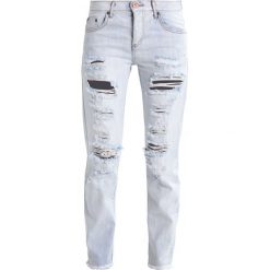 One Teaspoon HAMPTONS AWESOME Jeansy Slim Fit destroyed denim. Szare jeansy damskie One Teaspoon. W wyprzedaży za 371,40 zł.