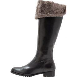 Luca Grossi Muszkieterki nero. Czarne buty zimowe damskie Luca Grossi, z wełny. W wyprzedaży za 1143,20 zł.