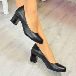 Buty ślubne damskie: Czółenka skórzane na słupku czarne Noess