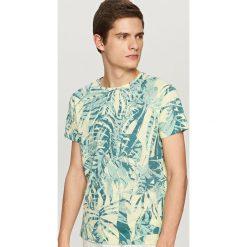 T-shirty męskie: T-shirt z nadrukiem all over – Żółty