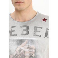 T-shirty męskie z nadrukiem: Key Largo REBELLIAN Tshirt z nadrukiem silber