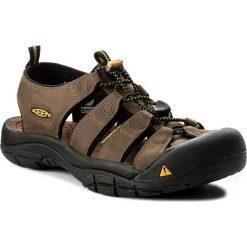 Sandały KEEN - Newport 1001870  Bison. Brązowe sandały męskie skórzane marki Keen. W wyprzedaży za 309,00 zł.