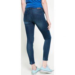 Tommy Hilfiger - Jeansy. Niebieskie jeansy damskie rurki TOMMY HILFIGER. W wyprzedaży za 359,90 zł.