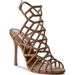 Sandały damskie: Sandały STEVE MADDEN – Slithur Sandal 91000076-0W0-10002-13001 Camel