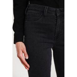 Lee SKYLER Jeans Skinny Fit black. Szare jeansy damskie marki Lee, z bawełny. W wyprzedaży za 223,30 zł.