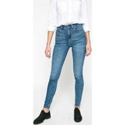 G-Star Raw - Jeansy 3301. Niebieskie jeansy damskie rurki marki G-Star RAW, z bawełny, z podwyższonym stanem. W wyprzedaży za 269,90 zł.