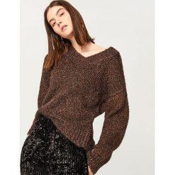 Sweter z brokatową nitką - Brązowy. Białe swetry klasyczne damskie marki Reserved, l, z dzianiny. Za 159,99 zł.