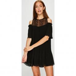 Answear - Sukienka. Szare sukienki mini marki ANSWEAR, na co dzień, l, z materiału, casualowe, z okrągłym kołnierzem. W wyprzedaży za 89,90 zł.