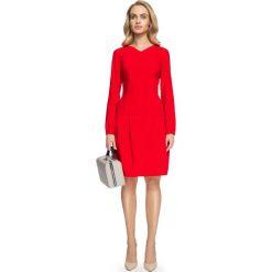 """Rozkloszowana Sukienka z Delikatnym Dekoltem """"V"""" - Czerwona. Czerwone sukienki mini marki Mohito, l, z weluru. Za 158,90 zł."""