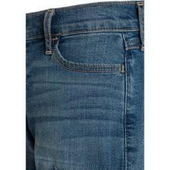 Abercrombie & Fitch PLAY LENGTH Szorty jeansowe stoneblue denim. Niebieskie spodenki chłopięce Abercrombie & Fitch, z bawełny. Za 149,00 zł.