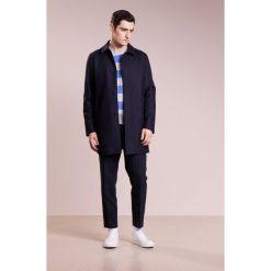 120% Cashmere Sweter celeste saphire. Niebieskie swetry klasyczne męskie marki 120% Cashmere, l, z kaszmiru. W wyprzedaży za 906,75 zł.