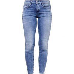 DRYKORN MOVIE Jeans Skinny Fit royalblau. Szare rurki damskie DRYKORN. W wyprzedaży za 408,85 zł.