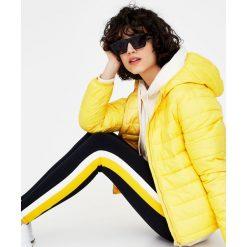 Kurtki i płaszcze damskie: Pikowana kurtka z kapturem