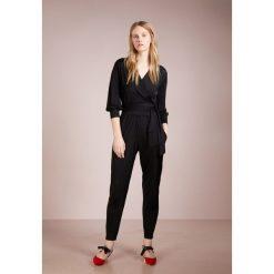 MAX&Co. PORTANTE Kombinezon black. Czarne kombinezony damskie marki MAX&Co., s, z materiału. W wyprzedaży za 603,85 zł.