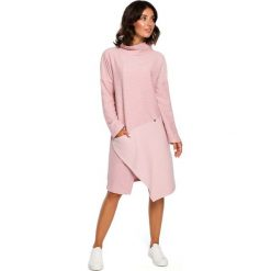 Pudrowa Asymetryczna Sukienka z Golfem. Szare sukienki asymetryczne marki Mohito, l, z asymetrycznym kołnierzem. Za 145,90 zł.