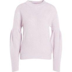 Swetry klasyczne damskie: 81hours Studio RIBBED PUFF SLEEVES Sweter crystal powder
