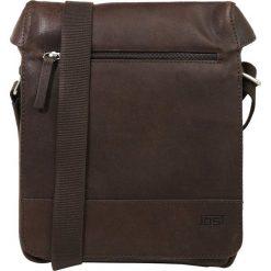 Jost Torba na ramię braun. Brązowe torby na ramię męskie marki Kazar, ze skóry, przez ramię, małe. W wyprzedaży za 356,15 zł.