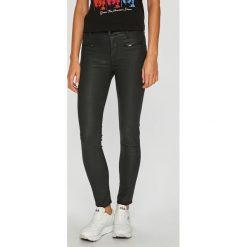 Guess Jeans - Spodnie Shanon. Szare jeansy damskie Guess Jeans. Za 549,90 zł.