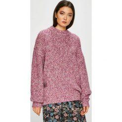 Medicine - Sweter Essential. Różowe swetry klasyczne damskie MEDICINE, s, z bawełny, z okrągłym kołnierzem. Za 159,90 zł.