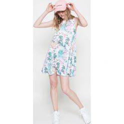 Sukienki dzianinowe: Femi Pleasure – Sukienka