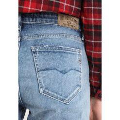 Replay JACKSY PANTS Jeansy Straight Leg blue denim. Niebieskie jeansy damskie marki Replay. Za 619,00 zł.