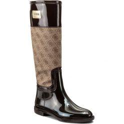 Kalosze GUESS - New Sissy FLSIS3 RUB11  BROWN. Brązowe buty zimowe damskie Guess, z aplikacjami, z materiału. W wyprzedaży za 279,00 zł.