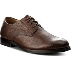 Półbuty CLARKS - Corfield Mix 261274767 Tan Interest Leather. Brązowe buty wizytowe męskie Clarks, z materiału. W wyprzedaży za 229,00 zł.