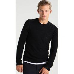 Swetry klasyczne męskie: J.LINDEBERG PORTER Sweter black