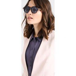 Polo Ralph Lauren Okulary przeciwsłoneczne shiny navy blue. Niebieskie okulary przeciwsłoneczne damskie aviatory Polo Ralph Lauren. Za 559,00 zł.