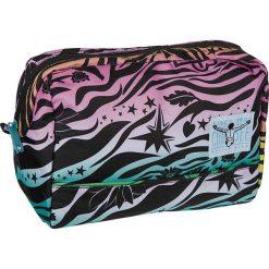 """Kosmetyczka """"Shower Bag"""" z kolorowym wzorem - 26 x 18 x 14 cm. Szare kosmetyczki damskie Chiemsee Bags, w kolorowe wzory. W wyprzedaży za 43,95 zł."""