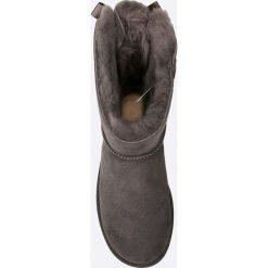 UGG - Buty Bow GRY. Szare botki damskie na obcasie marki Ugg, z materiału, z okrągłym noskiem. Za 999,90 zł.