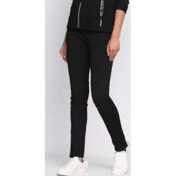 Spodnie dresowe damskie: Czarno-Zielone Spodnie Dresowe On My Own