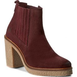 Botki MARC O'POLO - 608 13535201 300 Wine 385. Czerwone buty zimowe damskie Marc O'Polo, z materiału. W wyprzedaży za 449,00 zł.