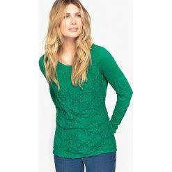 Koszulka z marszczonego dżerseju i koronki. Zielone t-shirty damskie Anne weyburn, z aplikacjami, z dżerseju, z okrągłym kołnierzem. Za 125,96 zł.