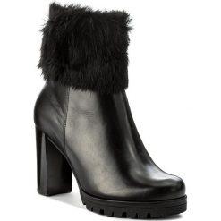 Botki HÖGL - 4-117820 Schwarz 0100. Czarne buty zimowe damskie marki HÖGL, z materiału. W wyprzedaży za 449,00 zł.