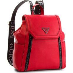 Plecak GUESS - HWVT71 09320 RED. Czerwone plecaki damskie Guess, ze skóry ekologicznej, klasyczne. Za 599,00 zł.