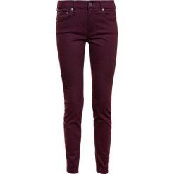 Polo Ralph Lauren SATEEN SKI Jeansy Slim fit vintage burgundy. Niebieskie jeansy damskie marki Polo Ralph Lauren, z bawełny. W wyprzedaży za 314,50 zł.