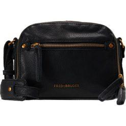 FREDsBRUDER ZIPP ZAPP Torba na ramię black/orangegold. Czarne torebki klasyczne damskie FREDsBRUDER. W wyprzedaży za 434,25 zł.