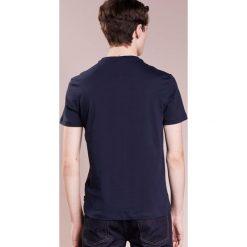 T-shirty męskie z nadrukiem: Emporio Armani LOGO Tshirt z nadrukiem blue navy