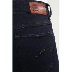 GStar Jeans Skinny Fit rinsed. Czarne jeansy damskie G-Star, z bawełny. W wyprzedaży za 395,85 zł.