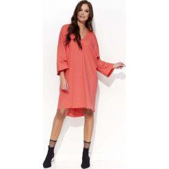Koralowa Oversizowa Sukienka z Szerokim Rękawem Typu Kimono. Szare sukienki balowe marki bonprix, melanż, z dresówki, z kapturem, z długim rękawem, maxi. Za 103,90 zł.