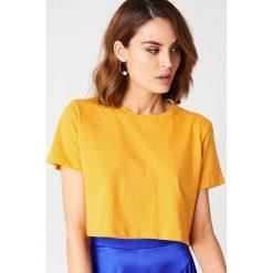 NA-KD Basic Krótki T-shirt oversize - Orange. Różowe t-shirty damskie marki NA-KD Basic, z bawełny. Za 40,95 zł.