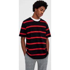 T-shirty męskie: Koszulka w paski z kieszenią