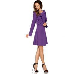 Klasyczna sukienka z długim rękawem fiolet JOLIE. Szare sukienki balowe Lemoniade, z klasycznym kołnierzykiem, z długim rękawem. Za 159,90 zł.