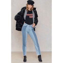 Spodnie z wysokim stanem: NA-KD Jeansy z surowym wykończeniem i wstawkami - Blue