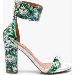 Badura - Sandały. Szare sandały damskie na słupku marki Badura, z materiału. W wyprzedaży za 239,90 zł.