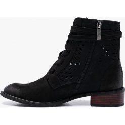 Carinii - Botki. Czarne buty zimowe damskie Carinii, z materiału, na obcasie. Za 499,90 zł.